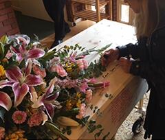 moles signing casket